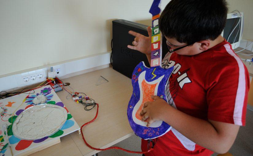 Ηλεκτρονικά μουσικά όργανα με το Makey Makey