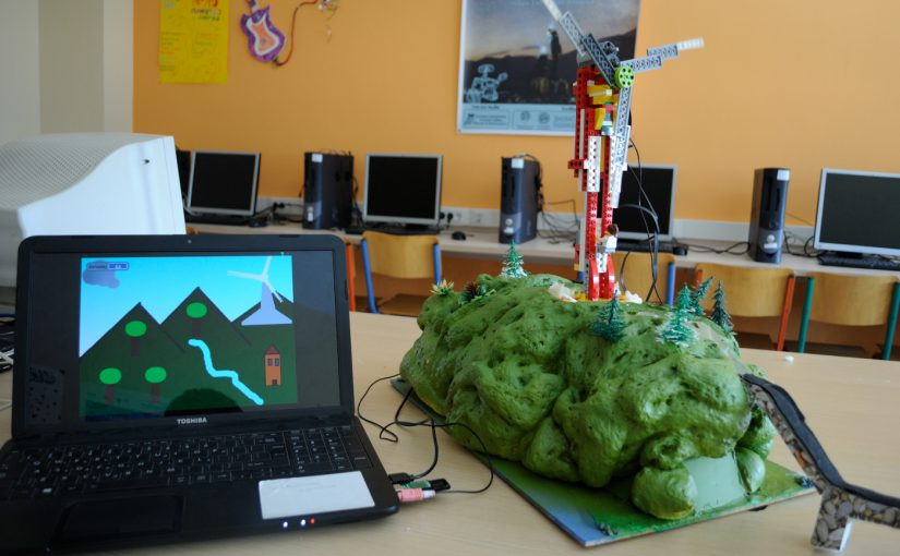 Lego WEDO Wind turbine with Scratch